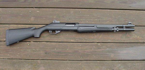 Benelli Nova Pump Tactical vs  Mossberg 590A1 Special Purpose